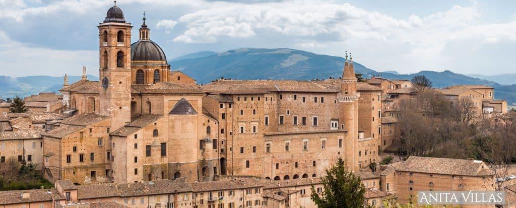 Urbino - Place to Visit in Le Marche  - AnitaVillas
