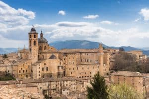 Ville e casali in affitto a Urbino
